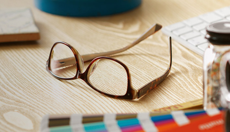 Whether you're shopping designer, Specsavers' own brand or our 2 for 1 offer, Specsavers' complete price guide ensures that getting great value is easy